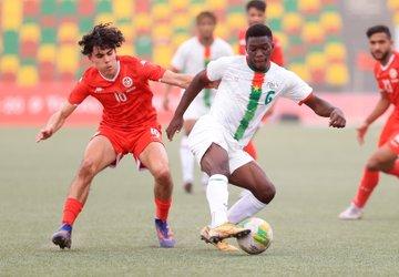 منتخب تونس للشباب يتعادل مع بوركينافاسو