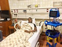 السالم قبل خضوعه للعملية في أحد مستشفيات الدوحة